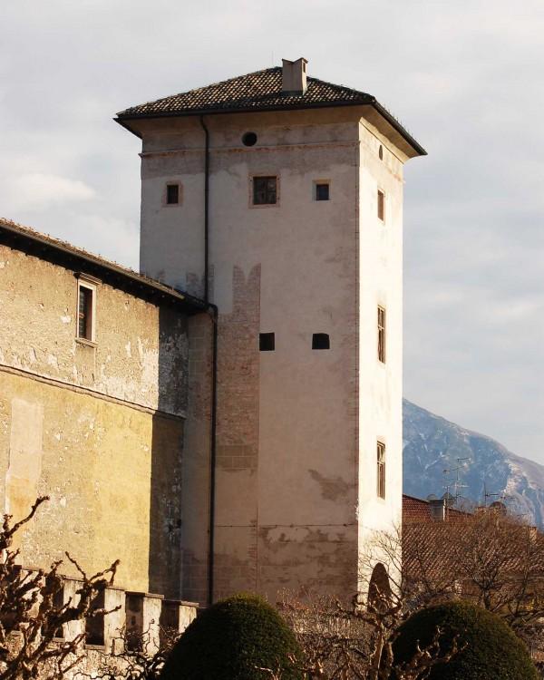 torre dell aquila 2