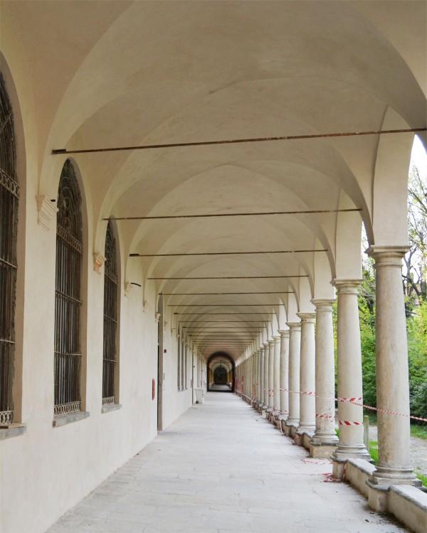 Kloster Certosa Reale - Restaurierung Innen- und Aussenbereich