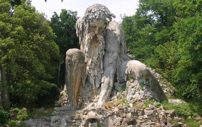 Koloss der Apenninen von Giambologna