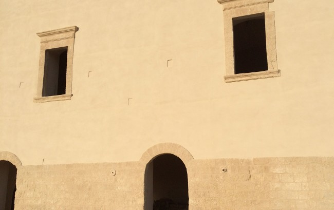 Abtei San Leonardo aus dem 13. Jh.