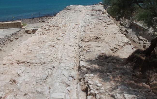 Antike römische Hafenmauer