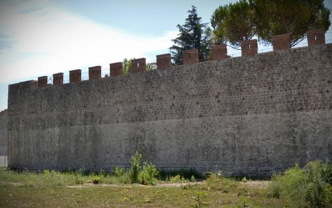 Stadtmauern von Pisa