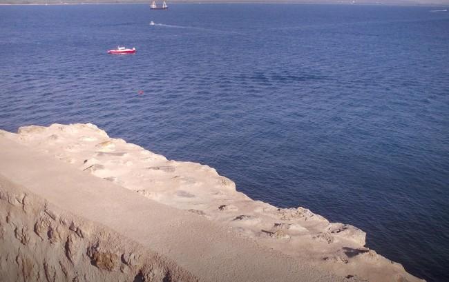 Mauern von Talamone an der tyrrhenischen Küste