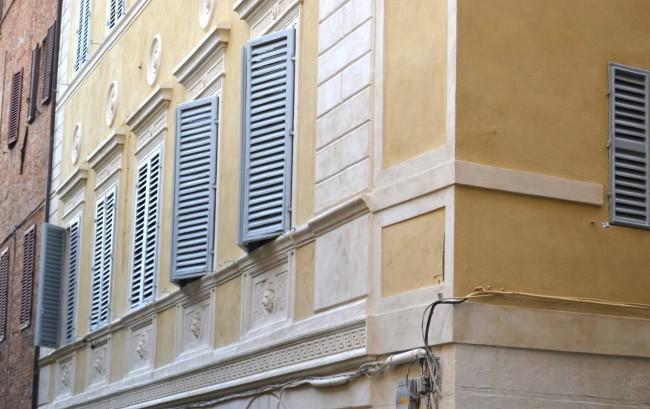 Palazzo Costa dell'Incrociata