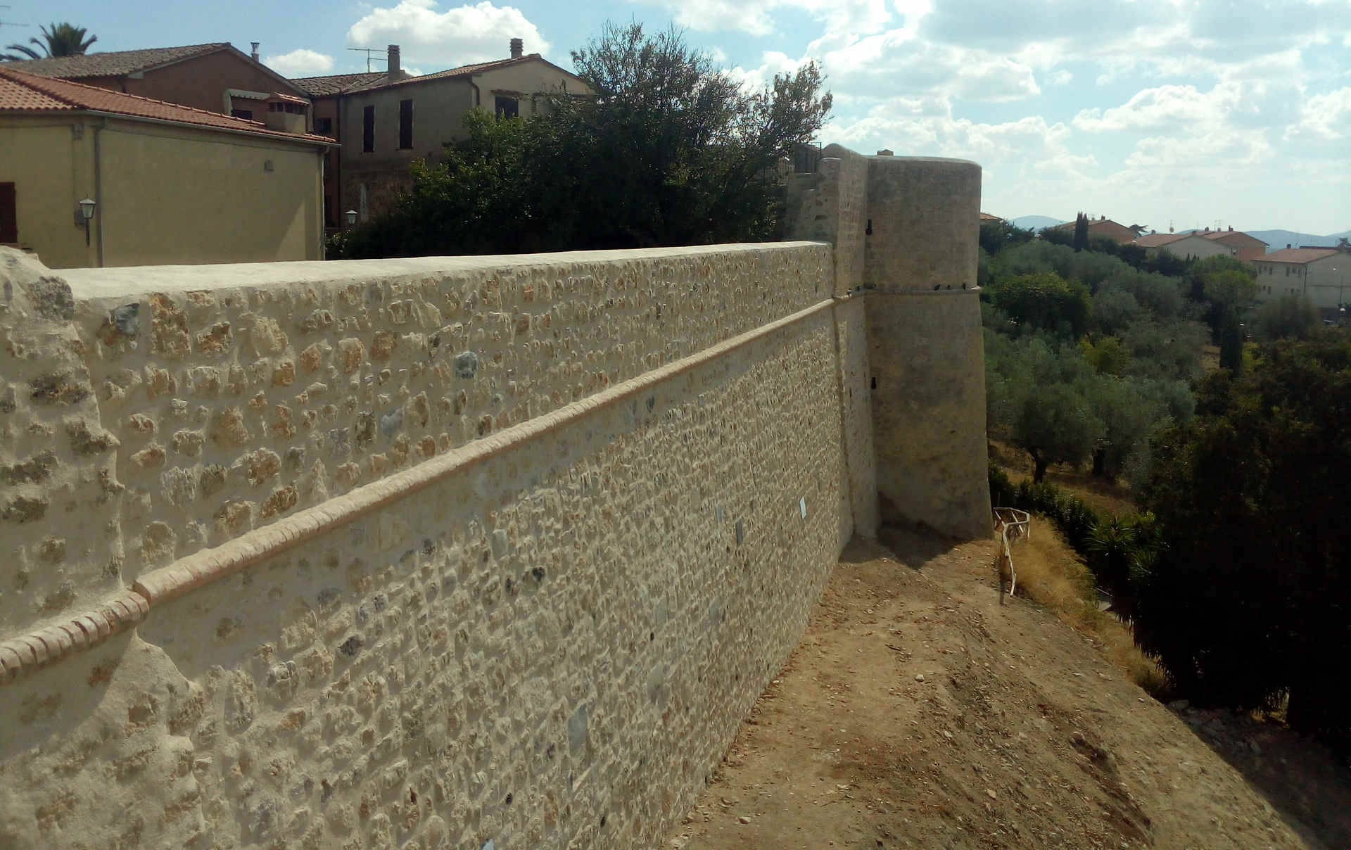 Stadtmauer erbaut im 14. Jh.